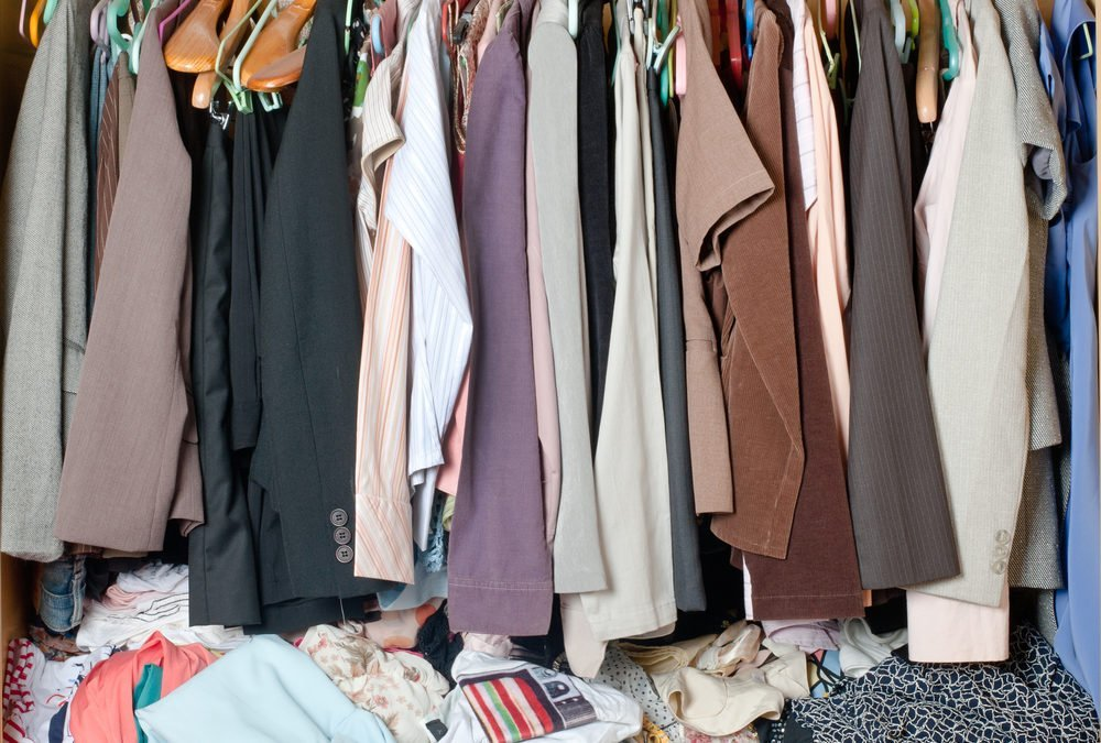How to Efficiently Make Over Your Closet