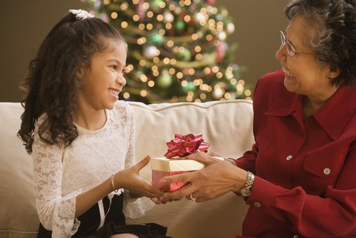 5 tips to help families have successful holiday visits
