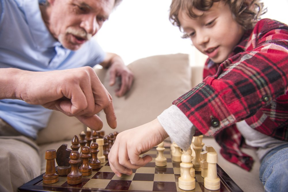The caregiver's guide 6 activities to keep a dementia patient busy